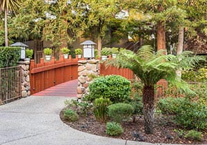 Creekside Inn Hotel Grounds, Palo Alto