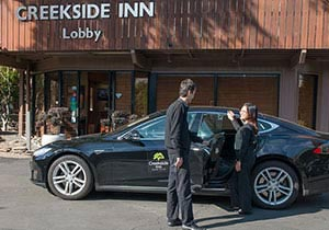 Creekside Inn, California Free Tesla Shuttle Service